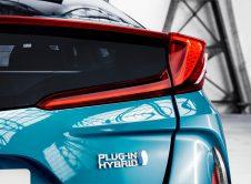 Toyota Prius Plug In 17