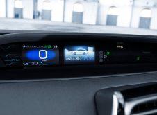Toyota Prius Plug In 28