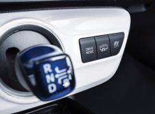 Toyota Prius Plug In 30
