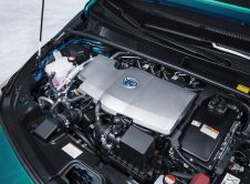 Toyota Prius Plug In 36