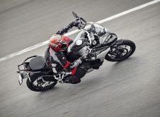 Ducati Multistrada V4 2021 (2)