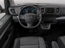 Opel Zafira E Life (12)