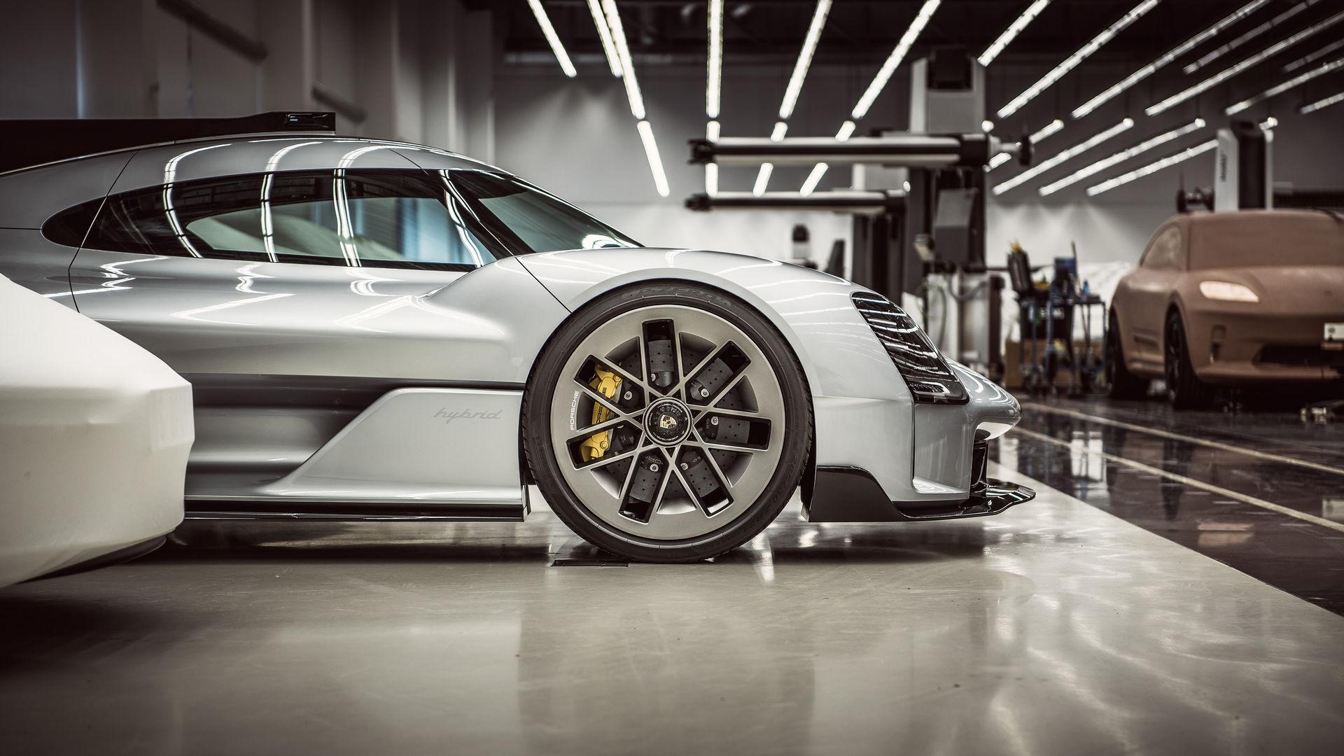 Porsche 919 Street 2