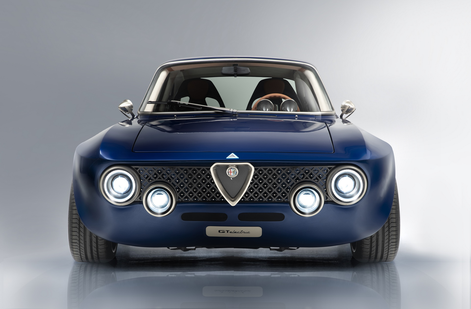 Totem Alfa Romeo Gtelectric 25