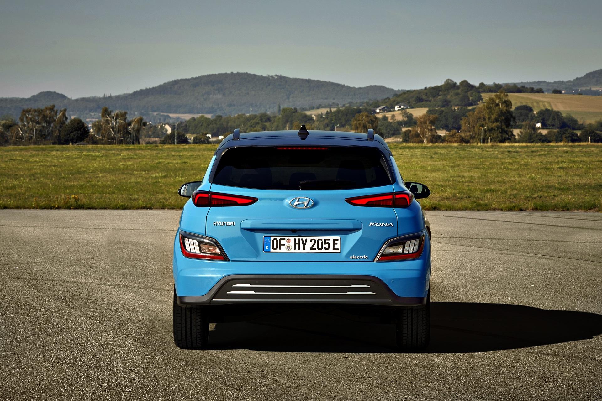 Hyundai Kona Electric 2021 (2)