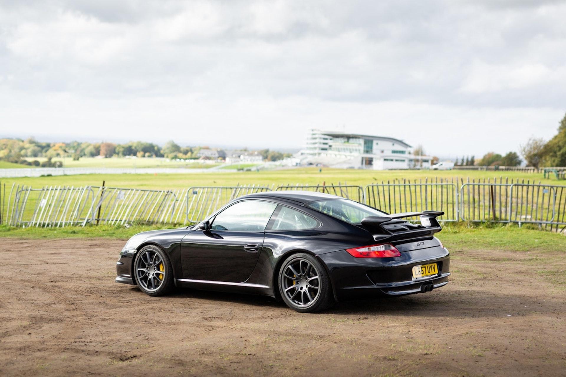Porsche 911 Gt3 Subasta 300 000 Km 2