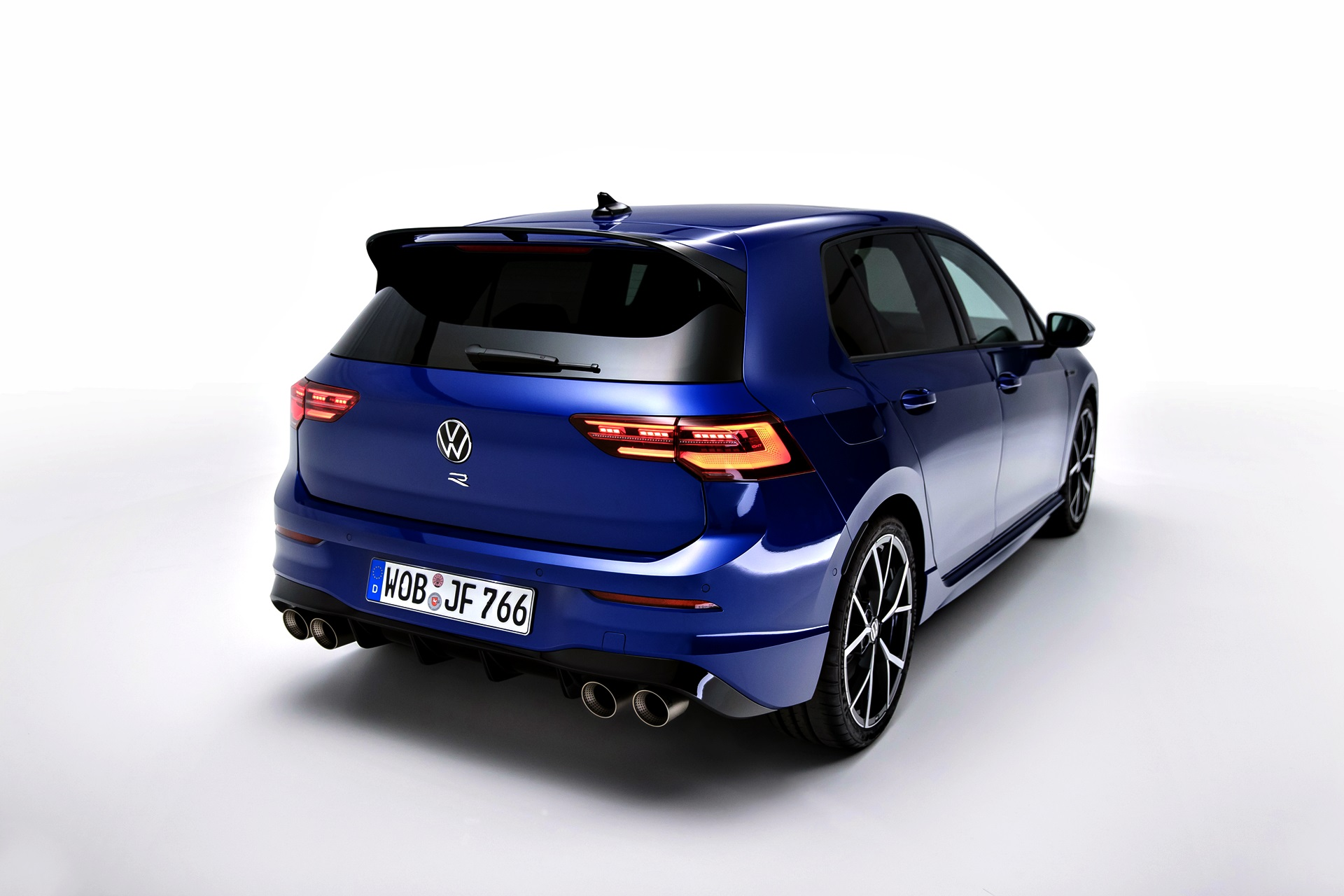 Volkswagen Golf R 75