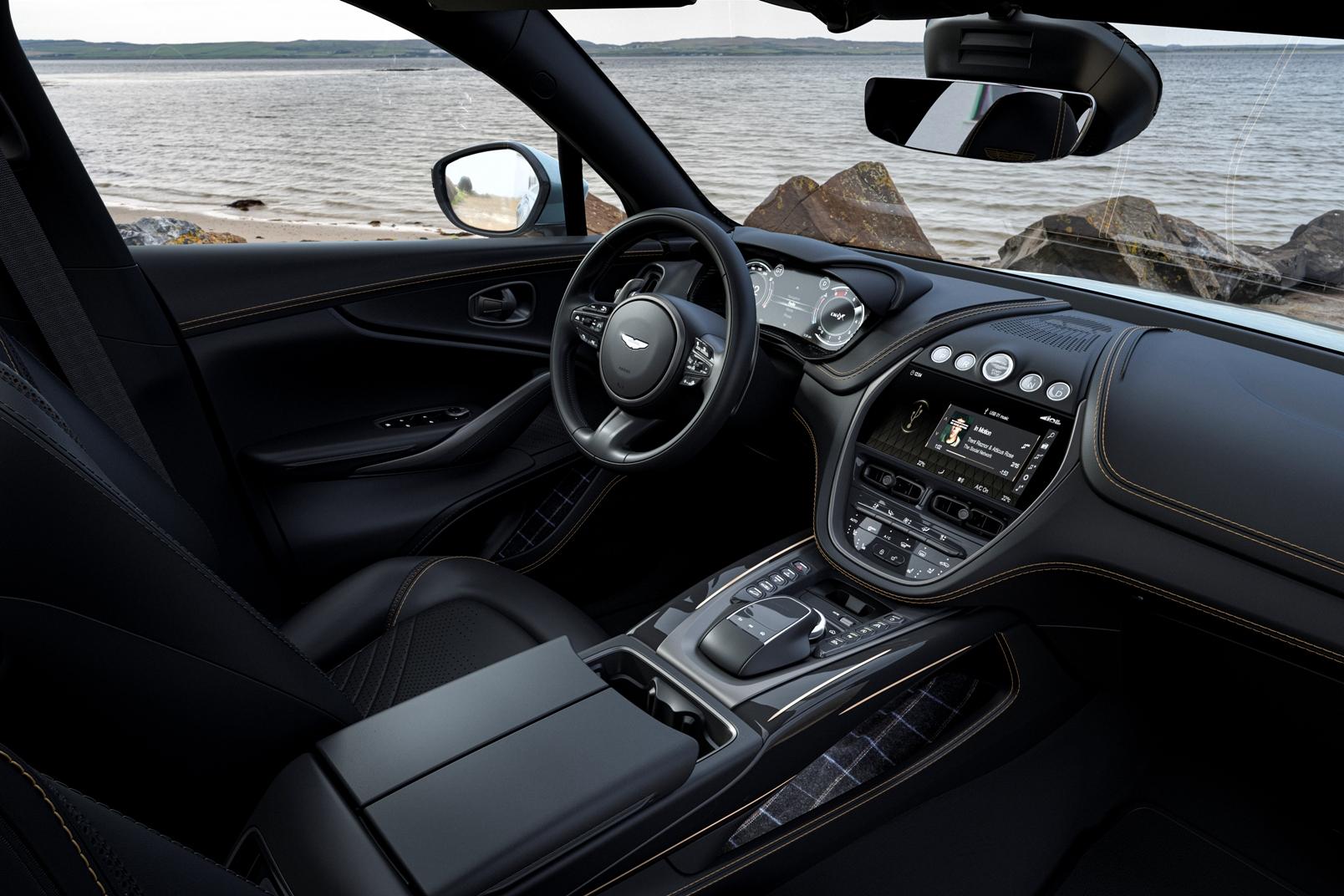 Aston Martin Dbx Bowmore Edition (5)
