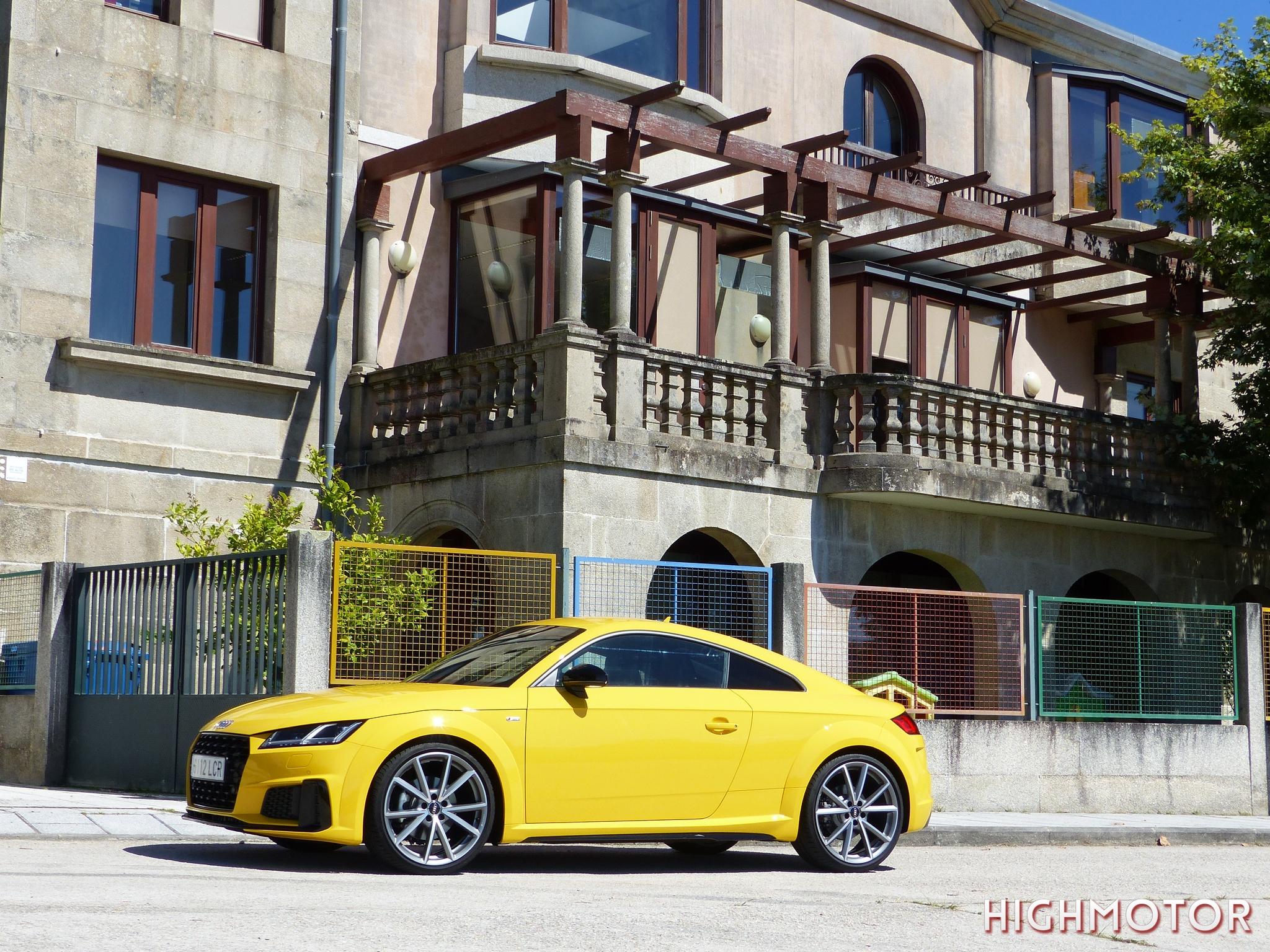 Audi Tt 40 Tfsi Photo054