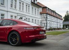 Porsche Panamera Gts 6