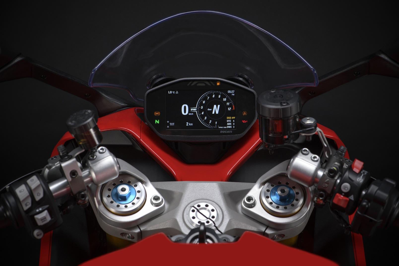 Ducati Supersport 950 2021 (3)