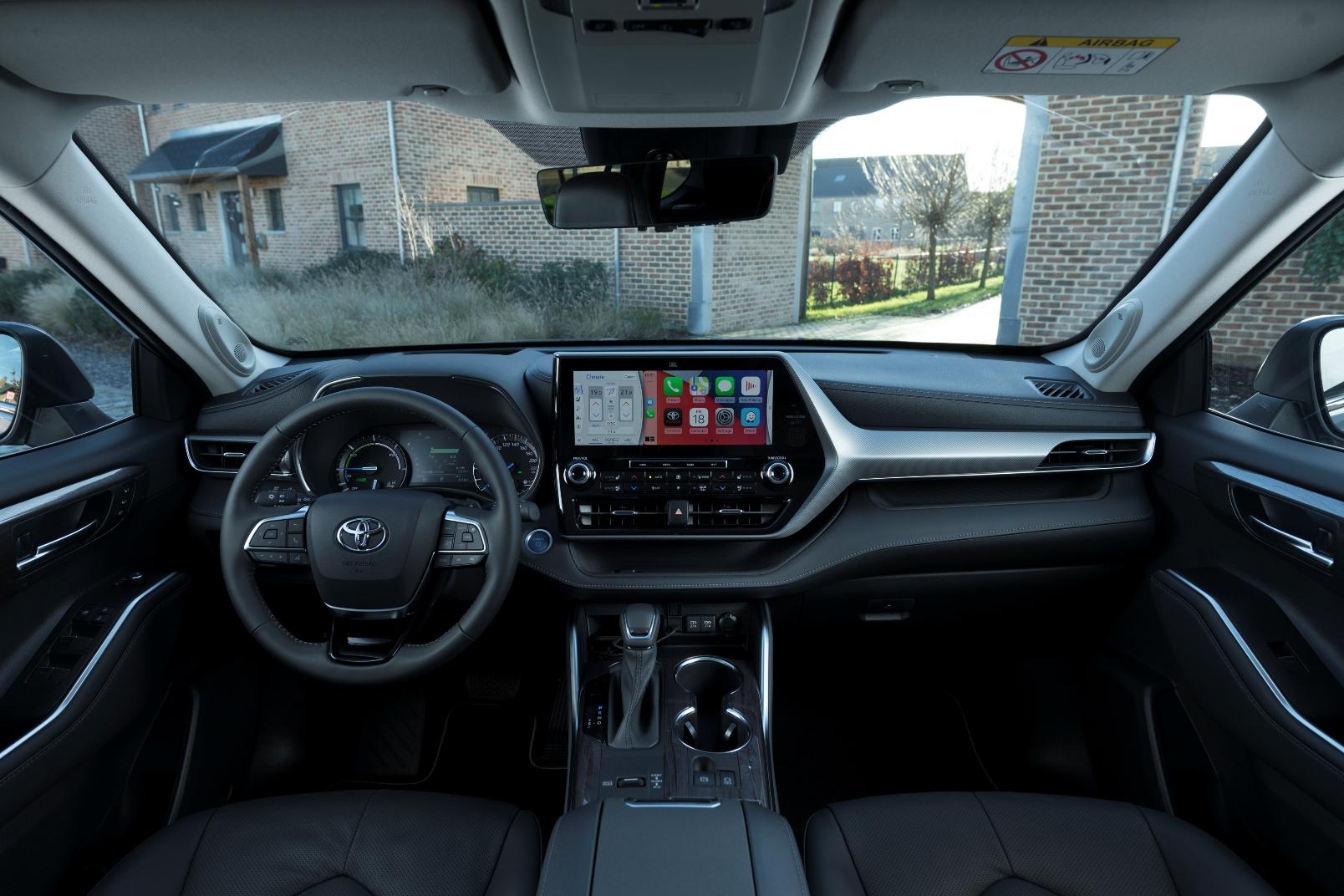 Toyota Highlander Electric Hybrid (14)