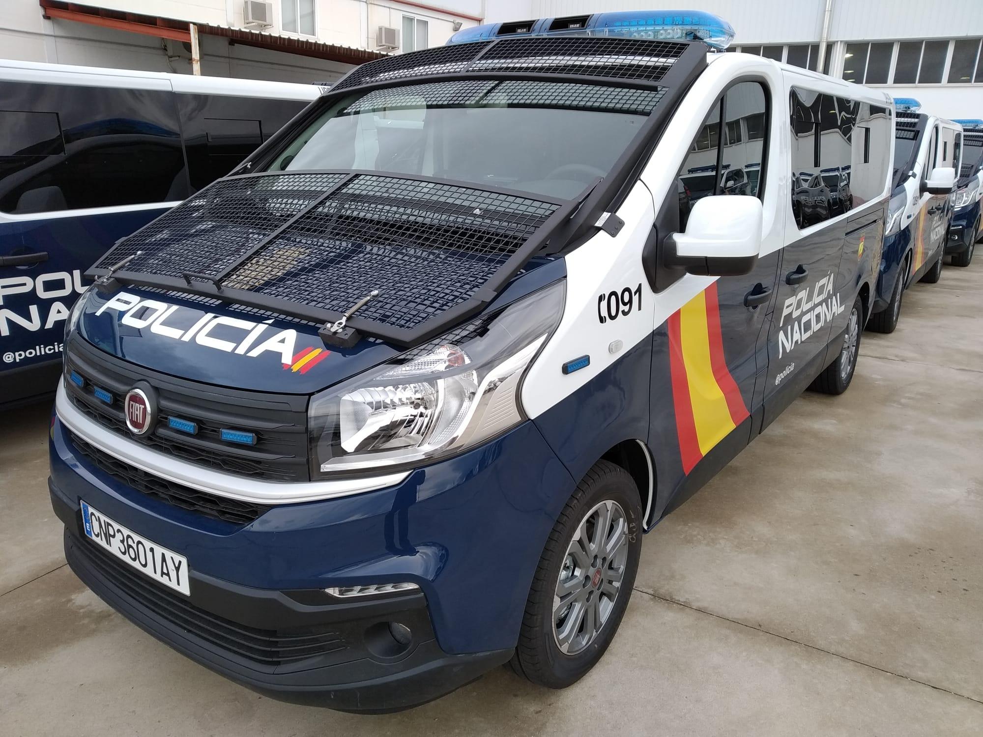 Fiat Talento Policia Nacional (2)