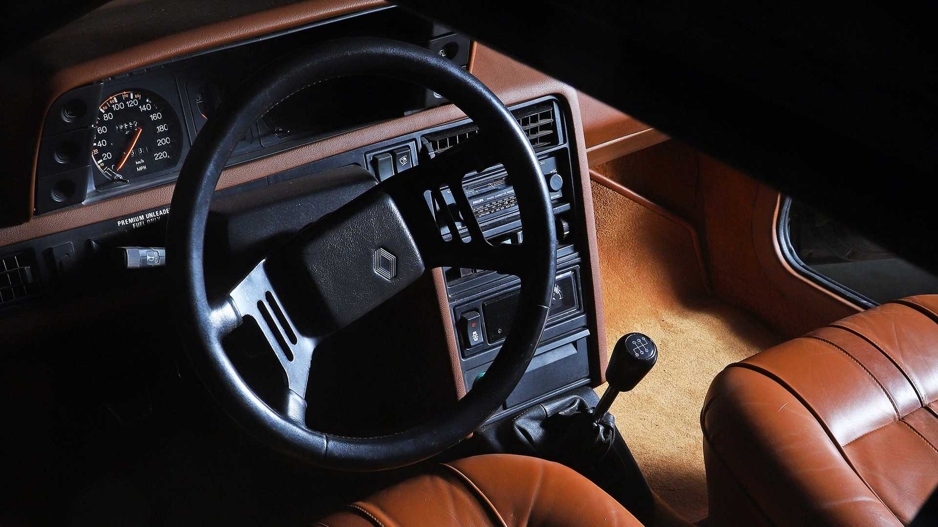 Renault Fuego Turbo (3)