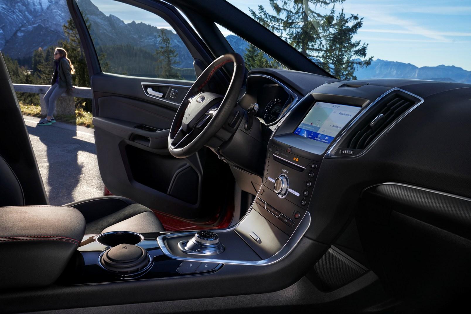 Ford S Max Hybrid (10)