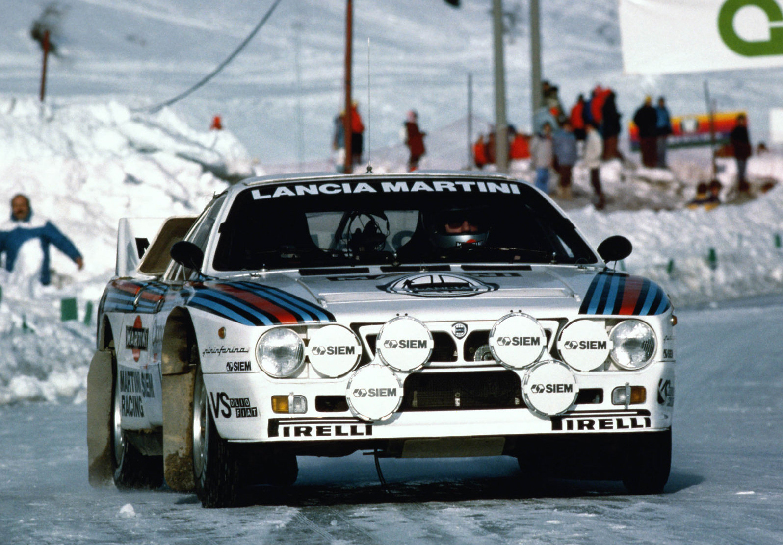 Lancia Rally 037 Gruppo B 1982 1600 01