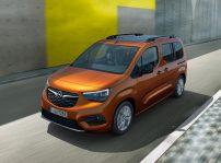 Opel Combo E Life (1)