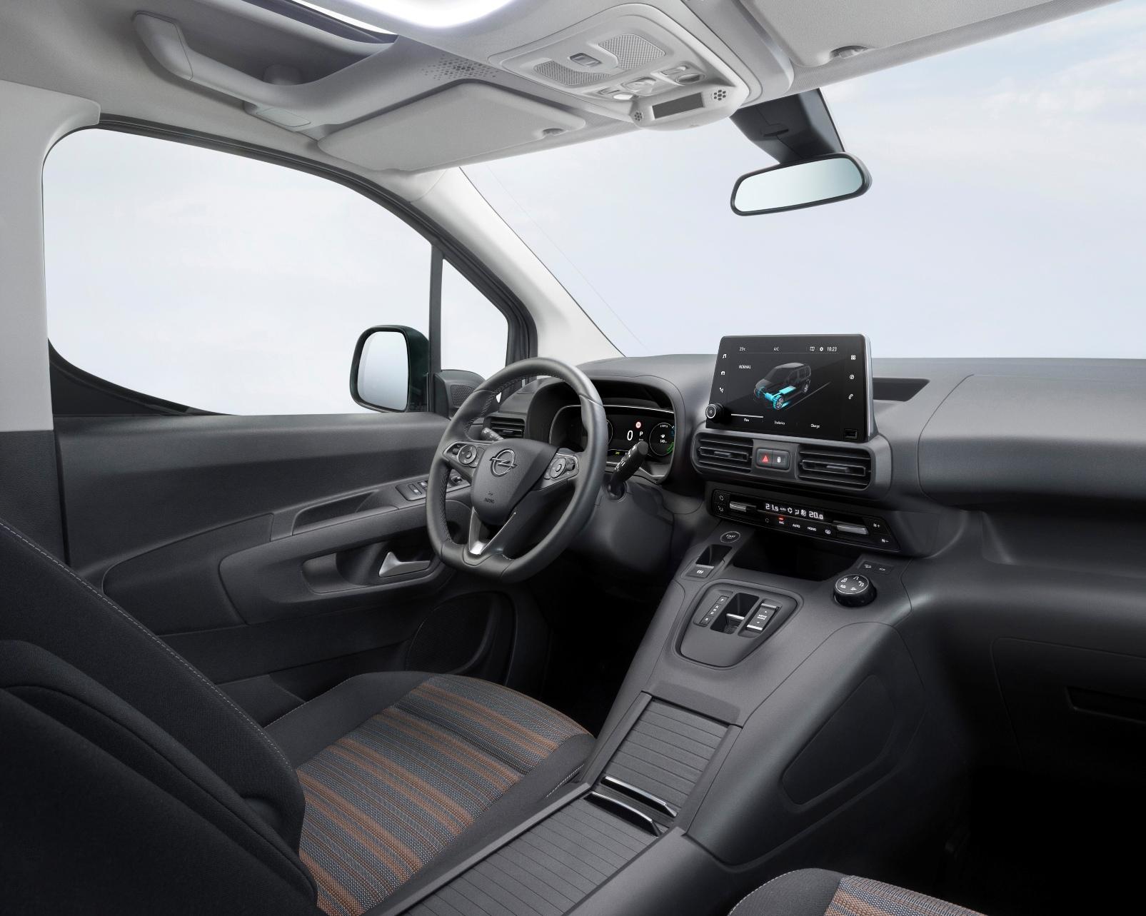 Opel Combo E Life (6)