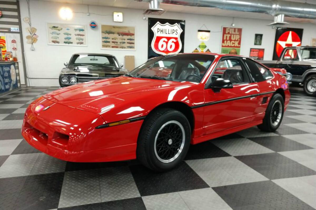 Pontiac Fiero Gt 1988 01