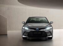 Toyota Camry Electric Hybrid 2021 (4)