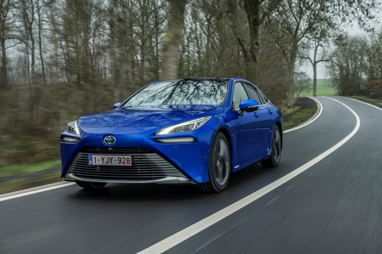 La segunda generación del Toyota Mirai llega a España y anuncia su precio en nuestro país
