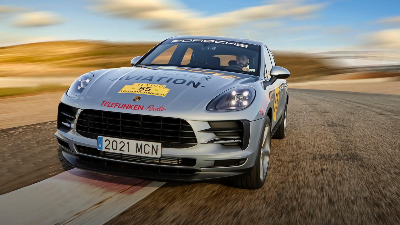 Porsche Macan Tribute 01