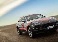 Porsche Macan Tribute 03