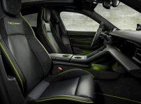 Porsche Taycan Tuning Cabina (3)