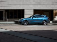 17891 Maseratilevantehybrid