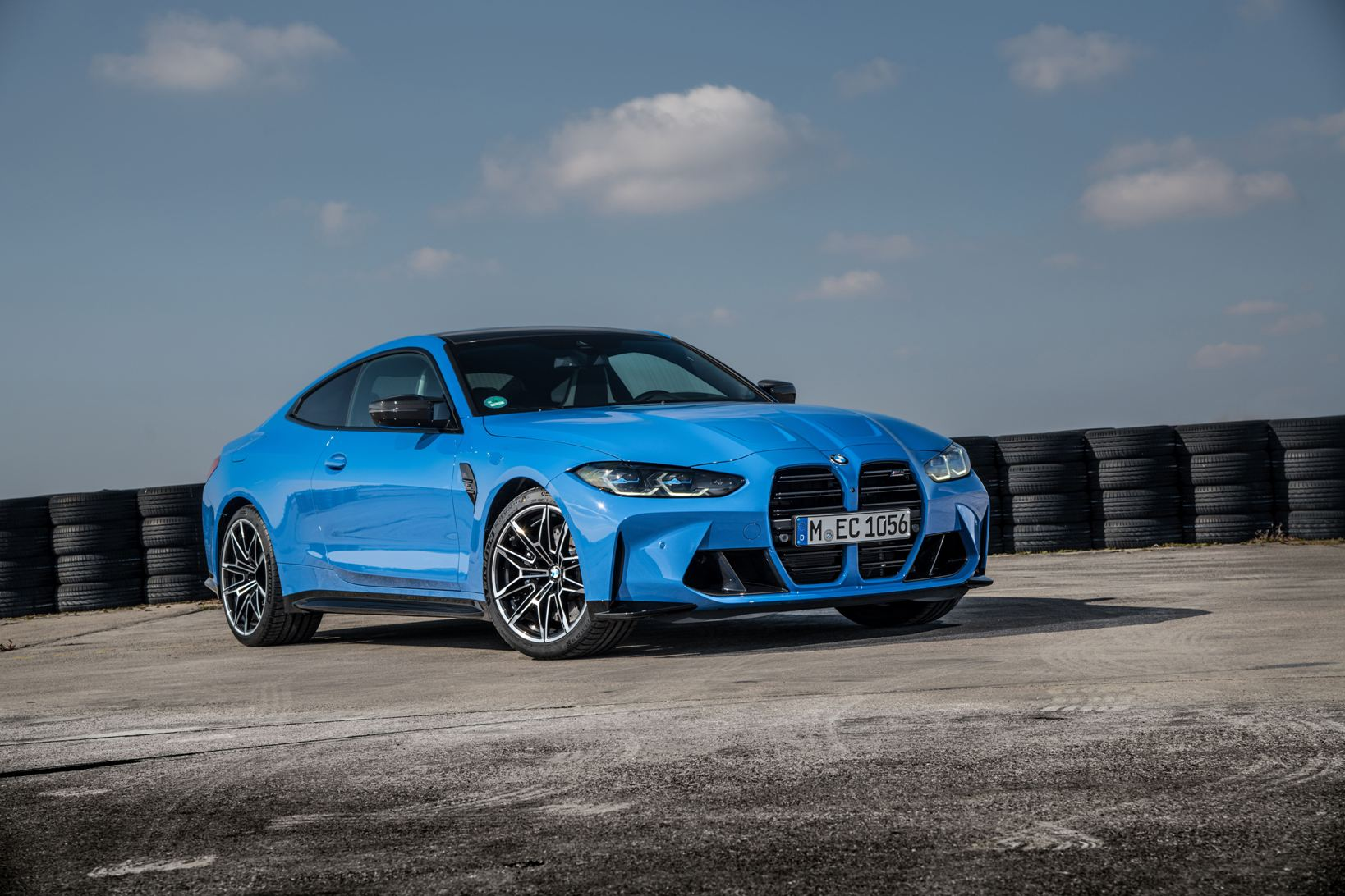 Bmw M4 Competition Coupe Xdrive (6)
