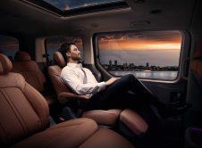 Hyundai Staria Premium 2021 (3)