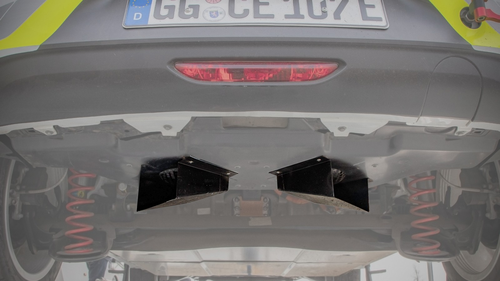Opel Corsa E Rally, Hintere Lautsprecher