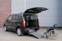 Opel Zafira-e Life, ahora también compatible con sillas de rueda
