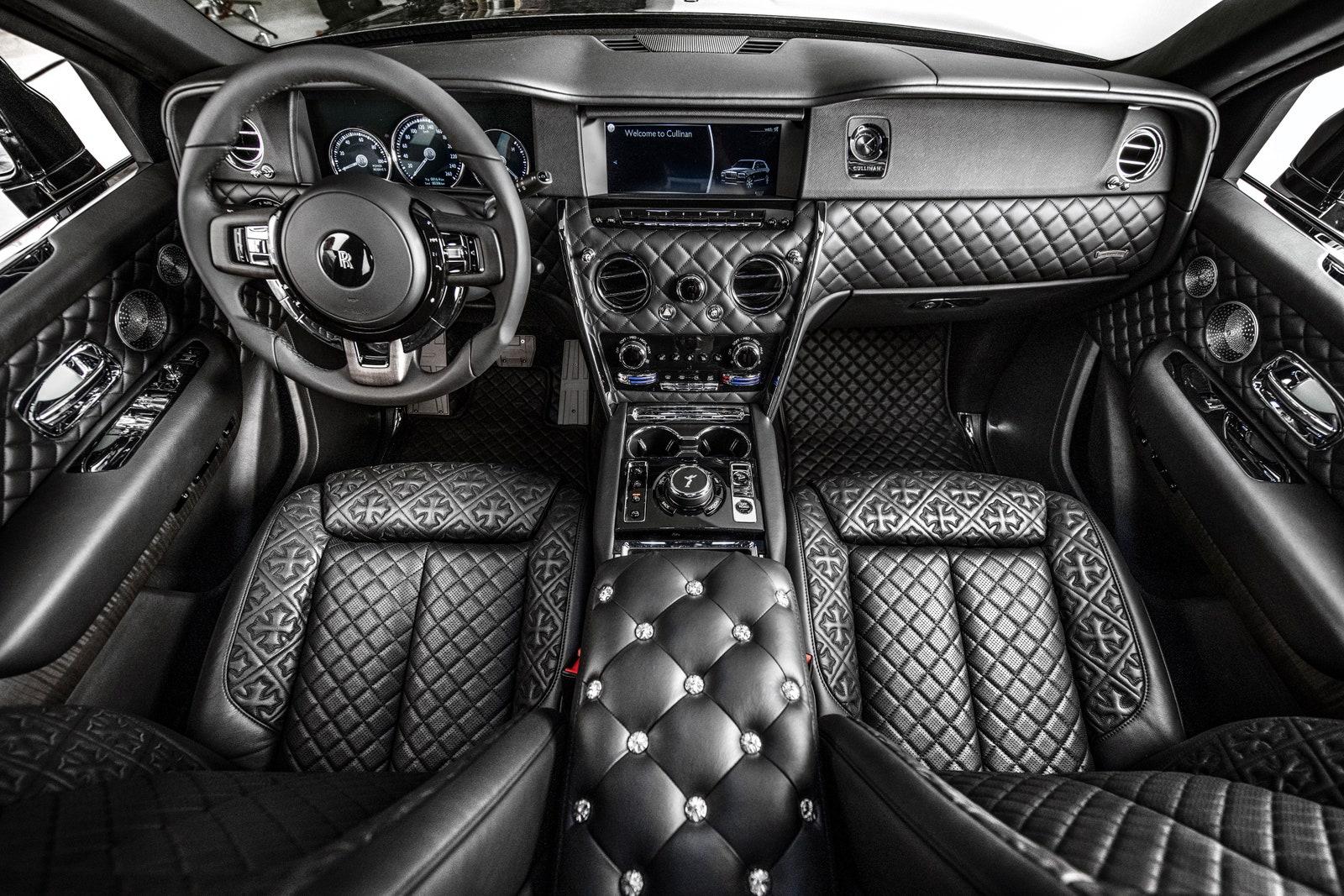 Drake Rolls Royce Cullinan 2