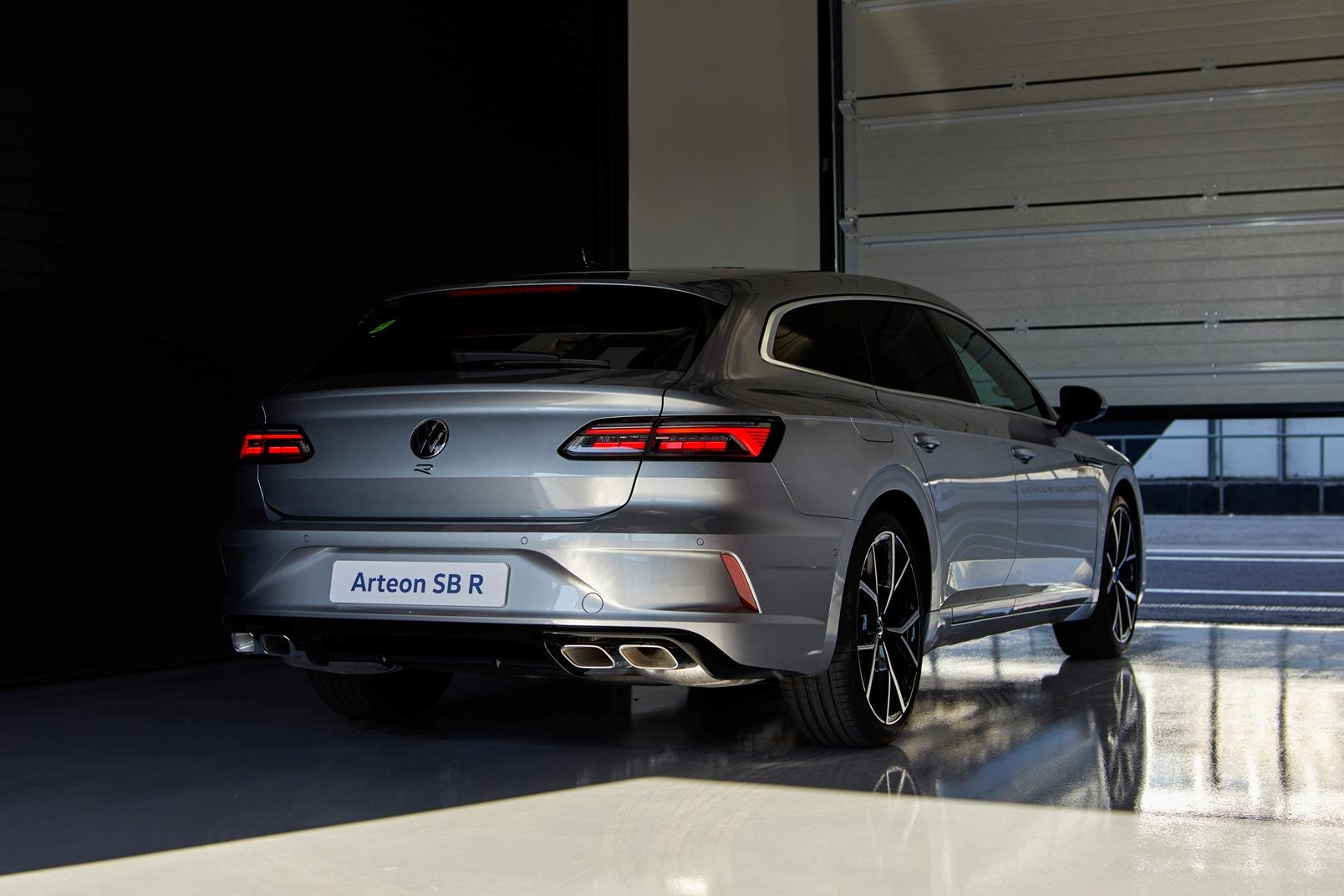 Volkswagen Arteon R 2021 (10)