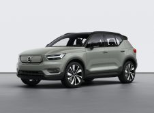 Volvo Xc40 Recharge P8 Awd In Sage Green