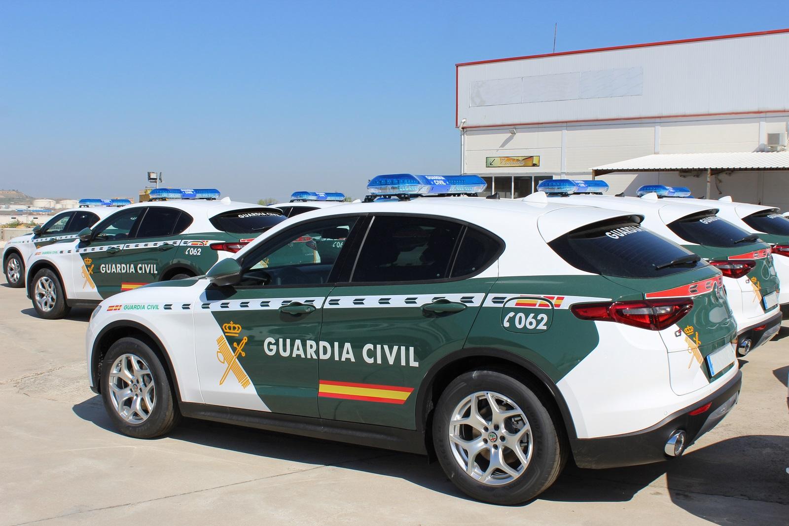 Alfa Romeo Stelvio Guardia Civil (3)