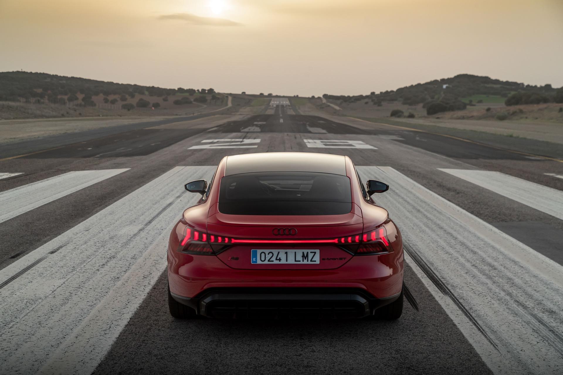 Audi Rs E Tron 21