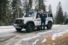 El INEOS Grenadier se pone a prueba en la nieve