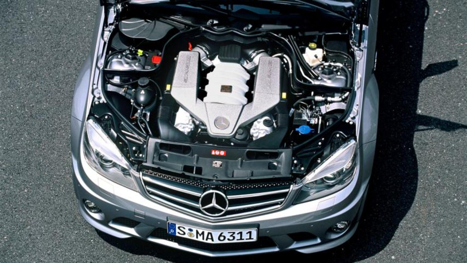 Mercedes C63 Amg 2007 W204 1846643