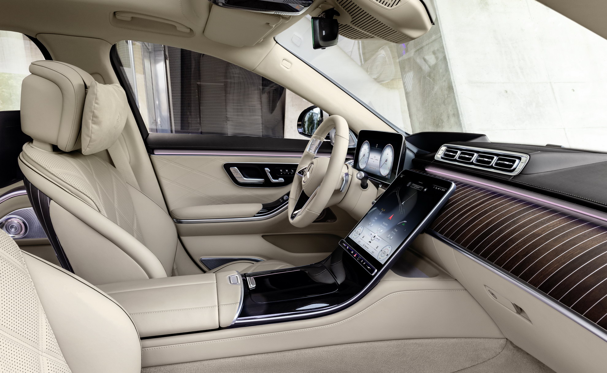 Mercedes Maybach S680 4matic 2022 (26)