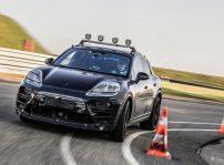 Porsche Taycan 01