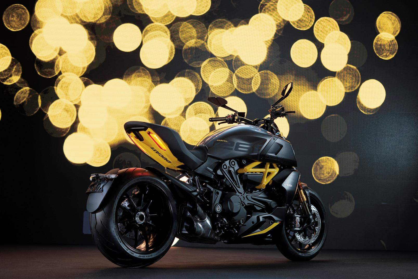 Ducati Diavel 1260 S Black And Steel (1)