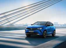 Opel Grandland Hybrid 2022 (1)