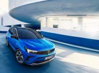 Opel Grandland Hybrid 2022 (3)