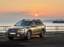 Subaru Outback 2021 (1)