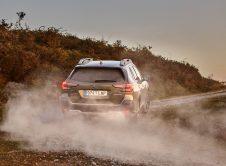 Subaru Outback 2021 (16)