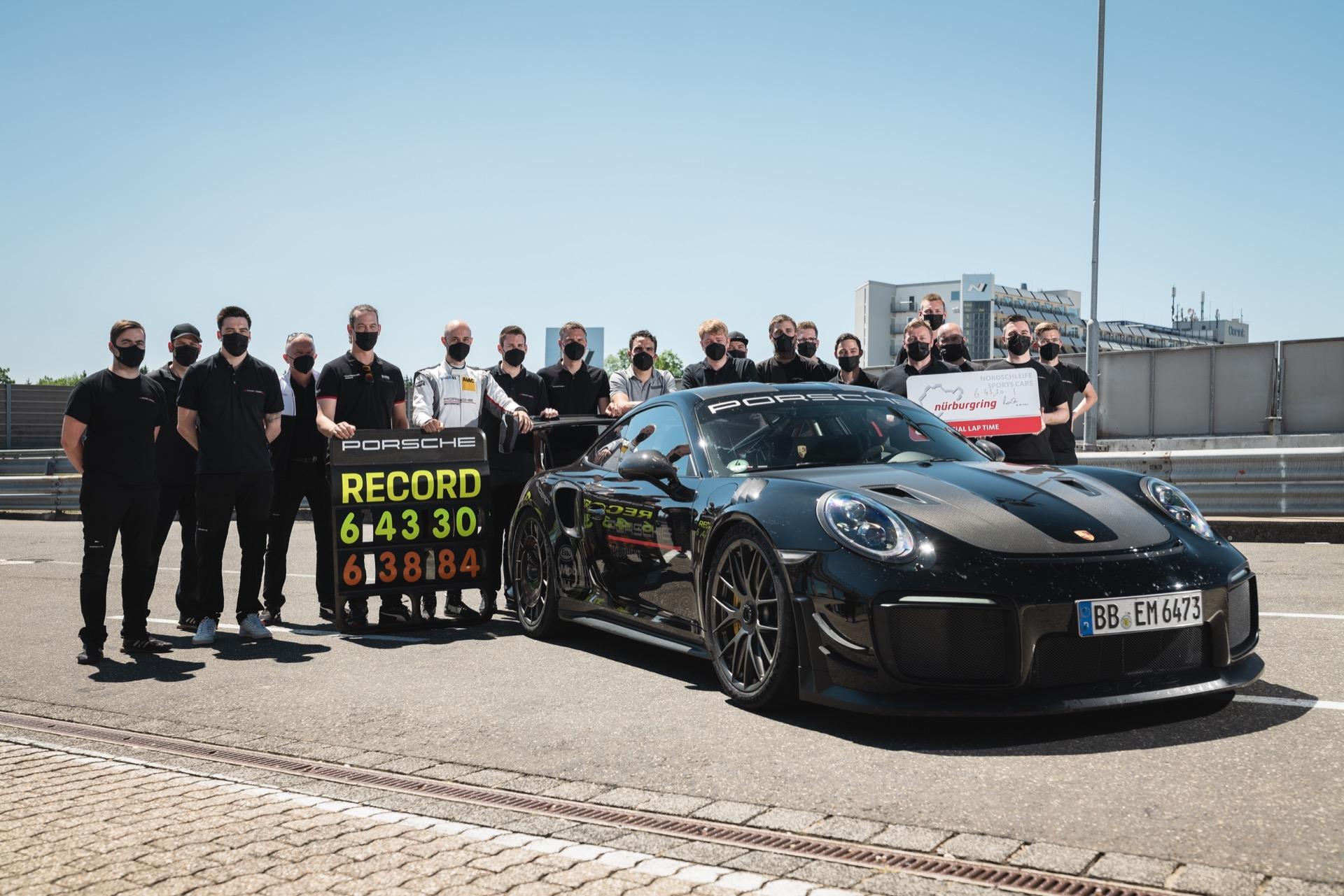 Porsche 911 Record 3