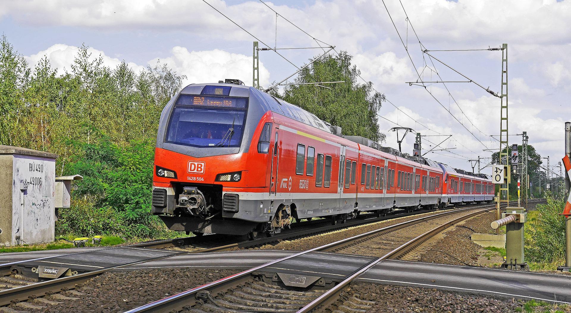Regional Train 1817255 1920