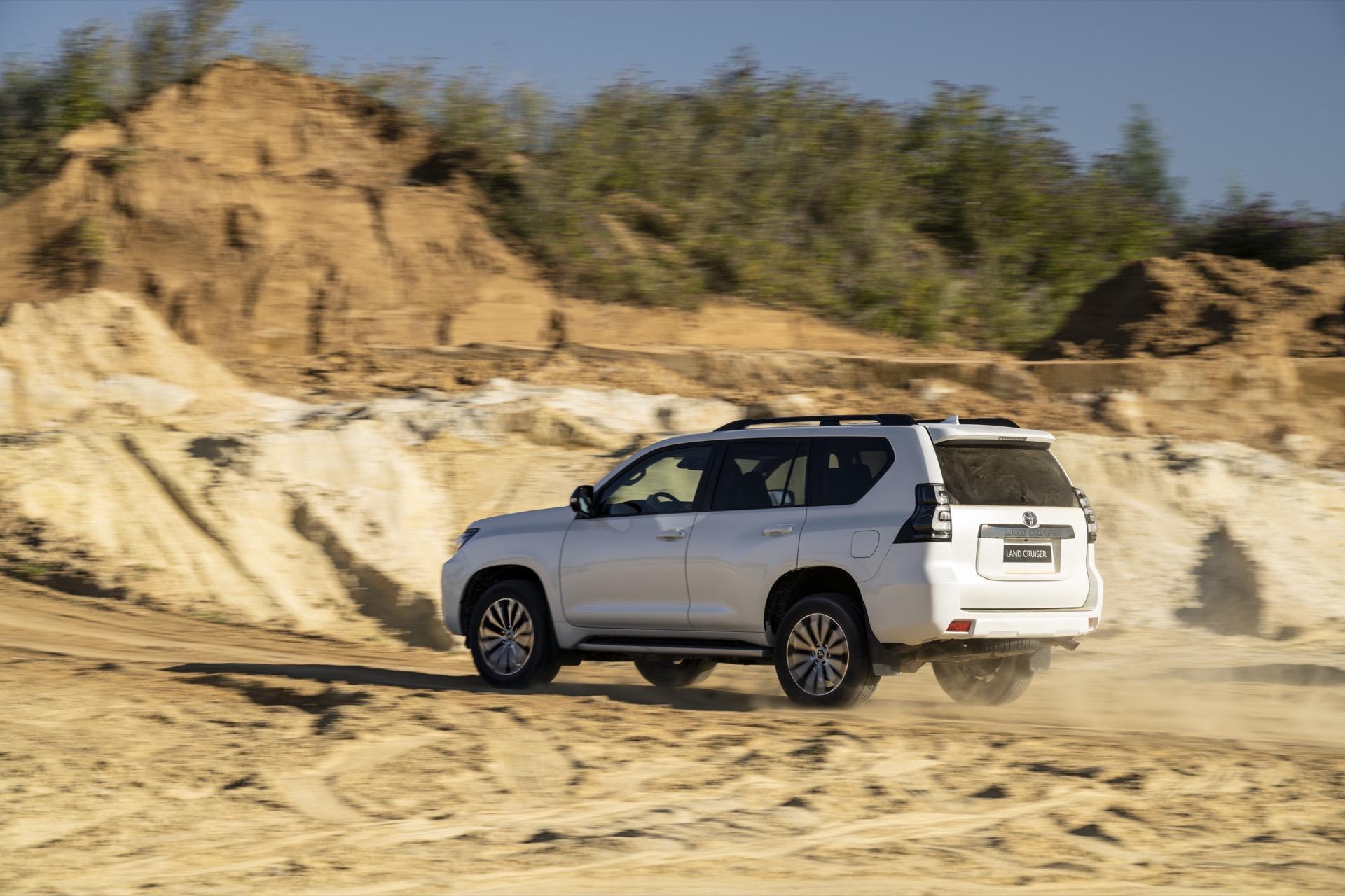 Toyota Land Cruiser 2021 12